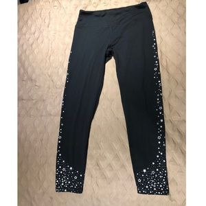 VS knockout tight with silver star trim!